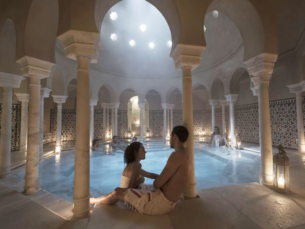 10-couple-baths-hammam-malaga-trips