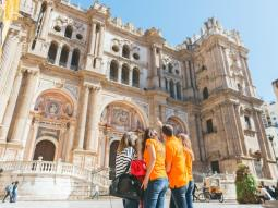 Full Tour: Cathedral, Alcazaba & Roman Theatre
