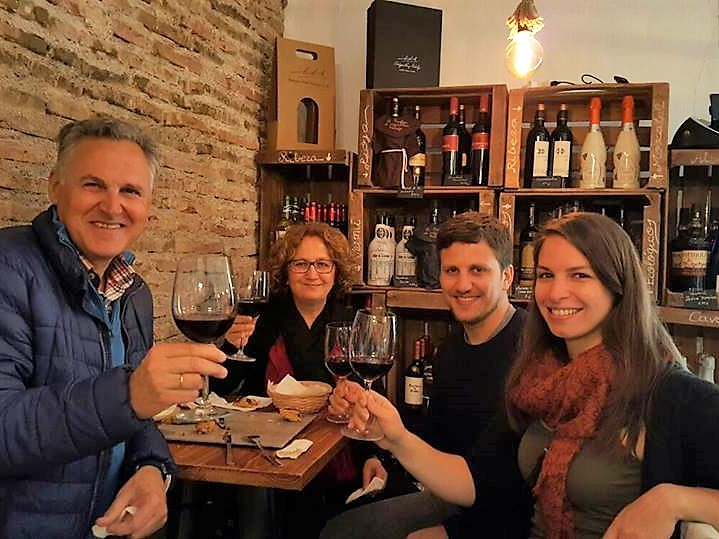Wine & Tapas Tasting in Malaga City Centre
